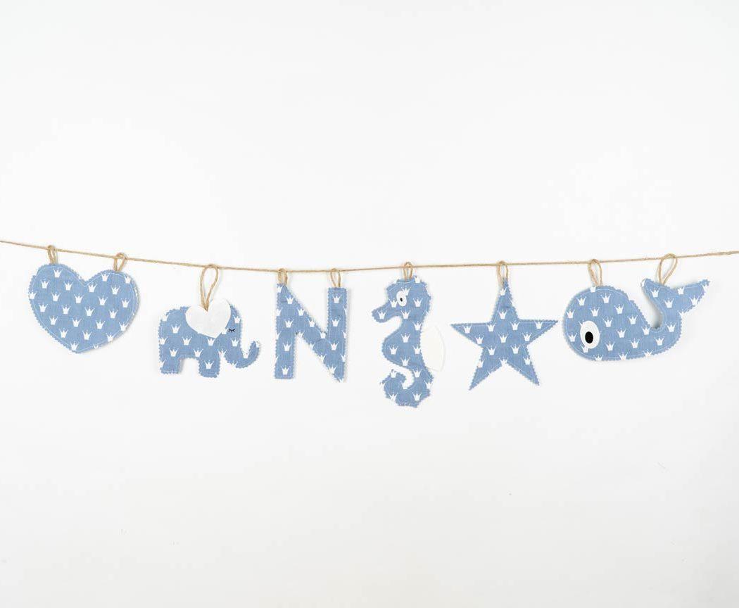 Motivgirlande in pastellblau. Motivgirlanden sind tolle Geschenke zur Geburt oder Taufe.